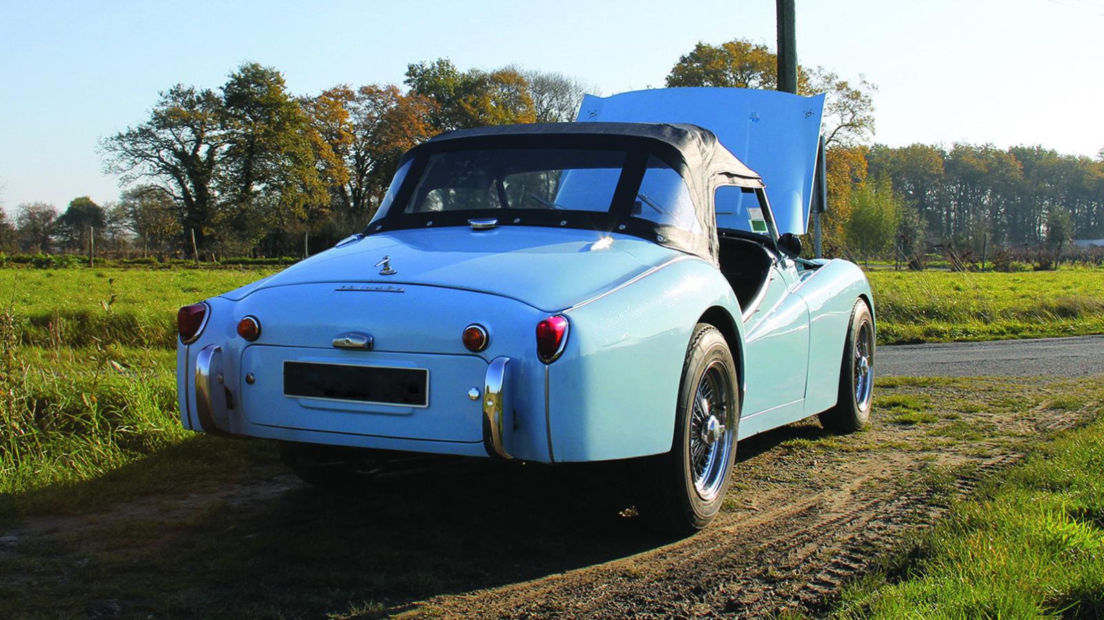 Arrière Triumph TR3